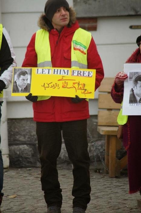 1391538 10202527724663522 2057318912 n تجمع اعتراضی حمایتی برای عبدالفتاح سلطانی در شهر هارشتاد نروژ