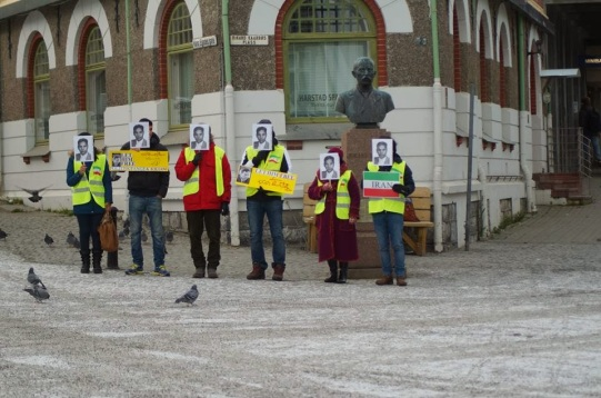 1469749 10202527779544894 1728348573 n تجمع اعتراضی حمایتی برای عبدالفتاح سلطانی در شهر هارشتاد نروژ